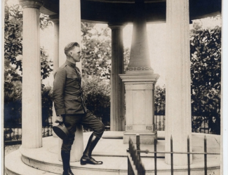 Alvin York at the steps of Jackson's tomb
